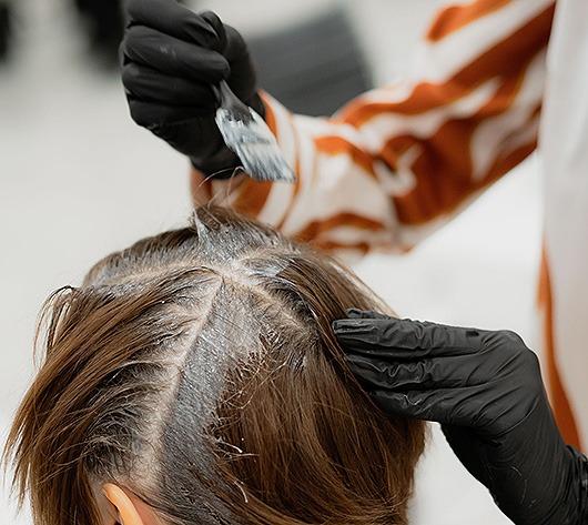 Parturi hiustenvärjays